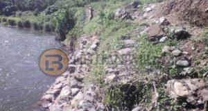 Foto Tanggul Sungai Bolangitang yang ambruk saat terjadi banjir bandang beberapa hari lalu