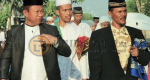 Ketua DPRD Bolmut Karel Bangko, SH saat menghadiri Peresmian Taman Pengajian Dan Masjid Al'Furqon Desa Nunuka